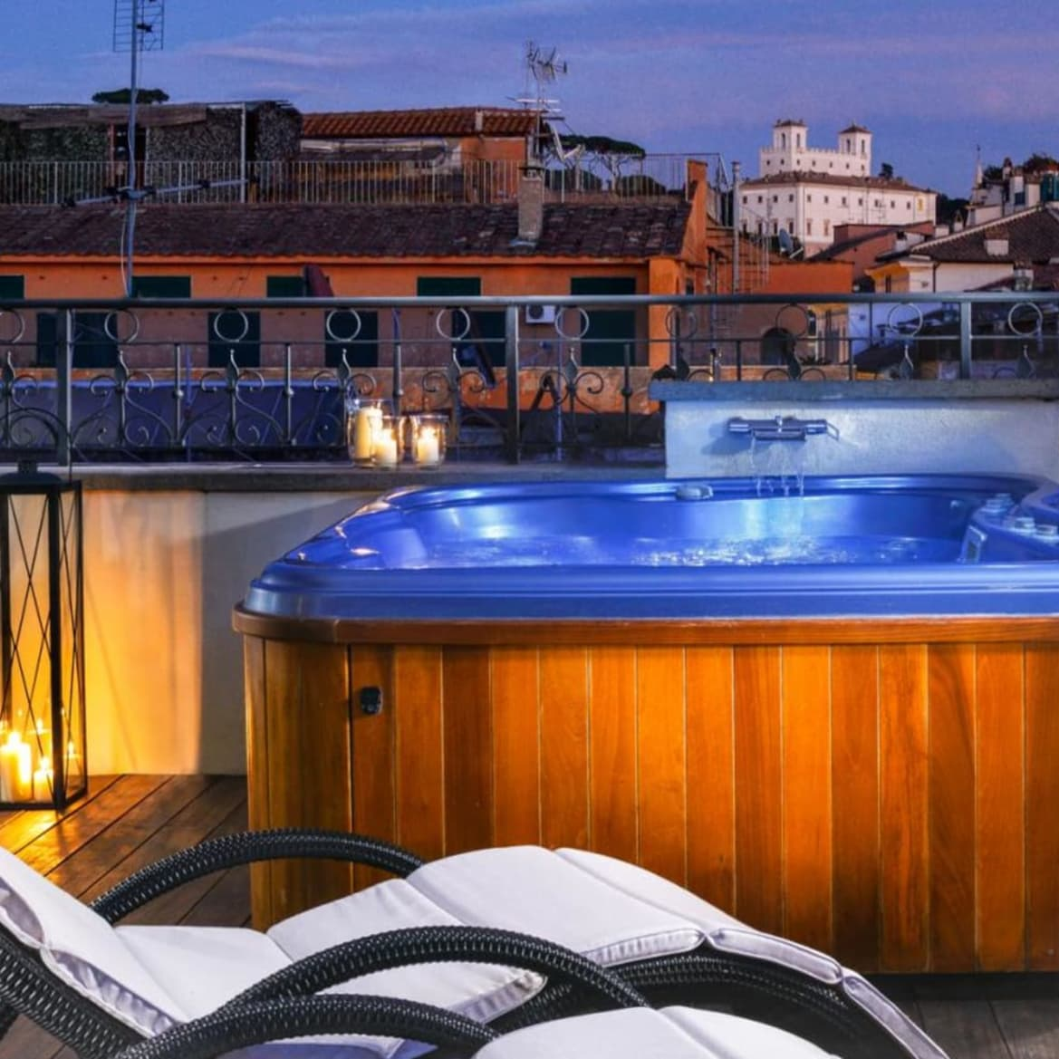 Jacuzzi Suite - THE FIRST ROMA