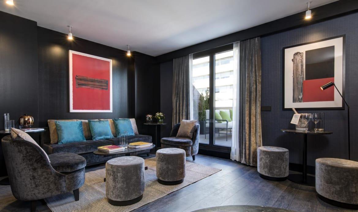 Family Suite - Lounge Area