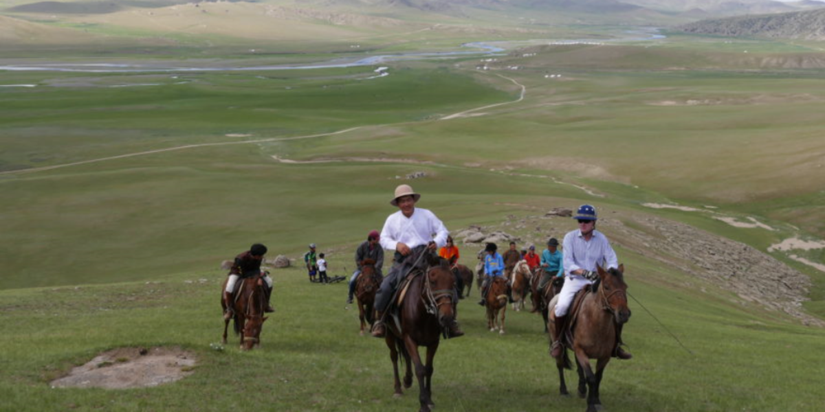 Riding Across The Breathtaking Mongolian Landscape - The Pavilions Mongolia