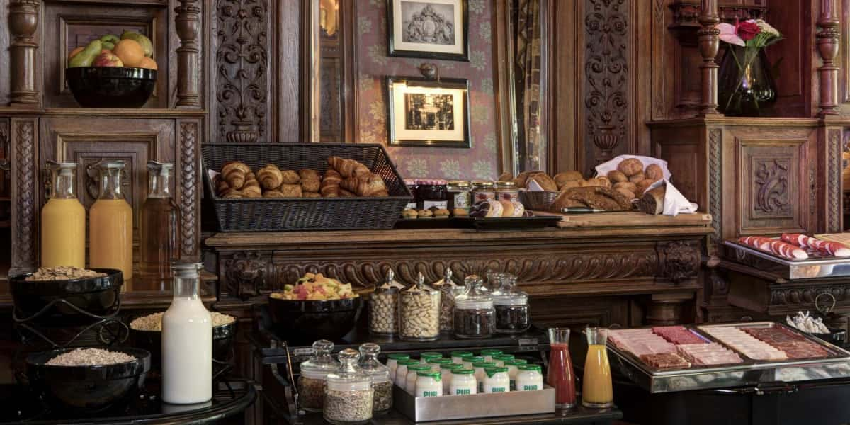Breakfast set up - The Toren Amsterdam - By the Pavilions