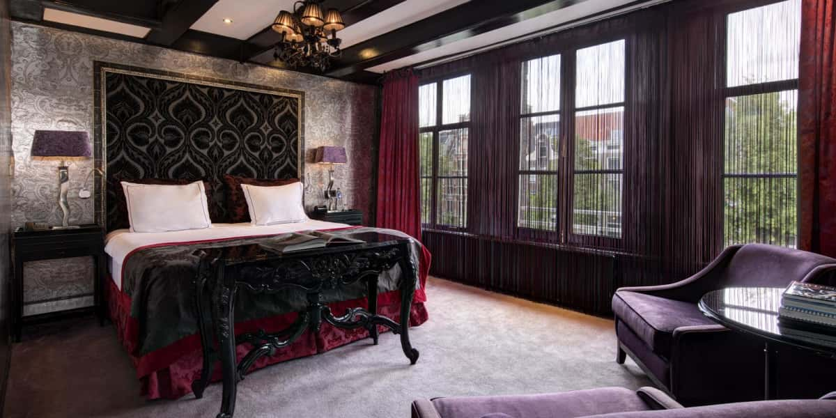 Special deluxe with canal view - The Toren Amsterdam - By the Pavilions