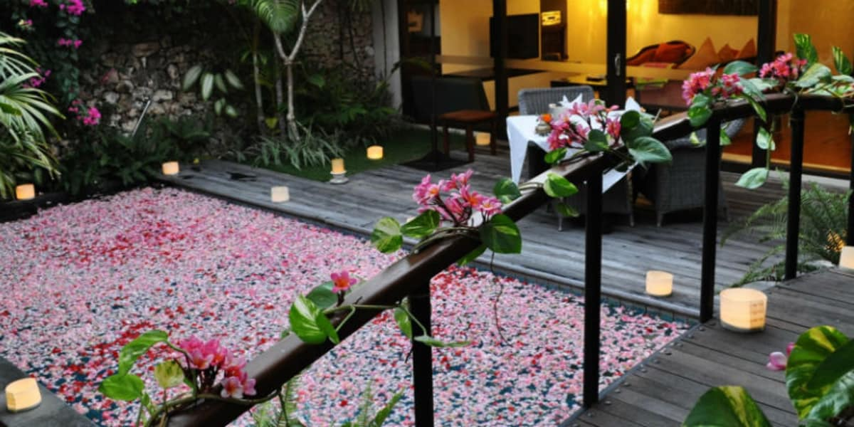 Private In-Villa Dining - The Pavilions Bali