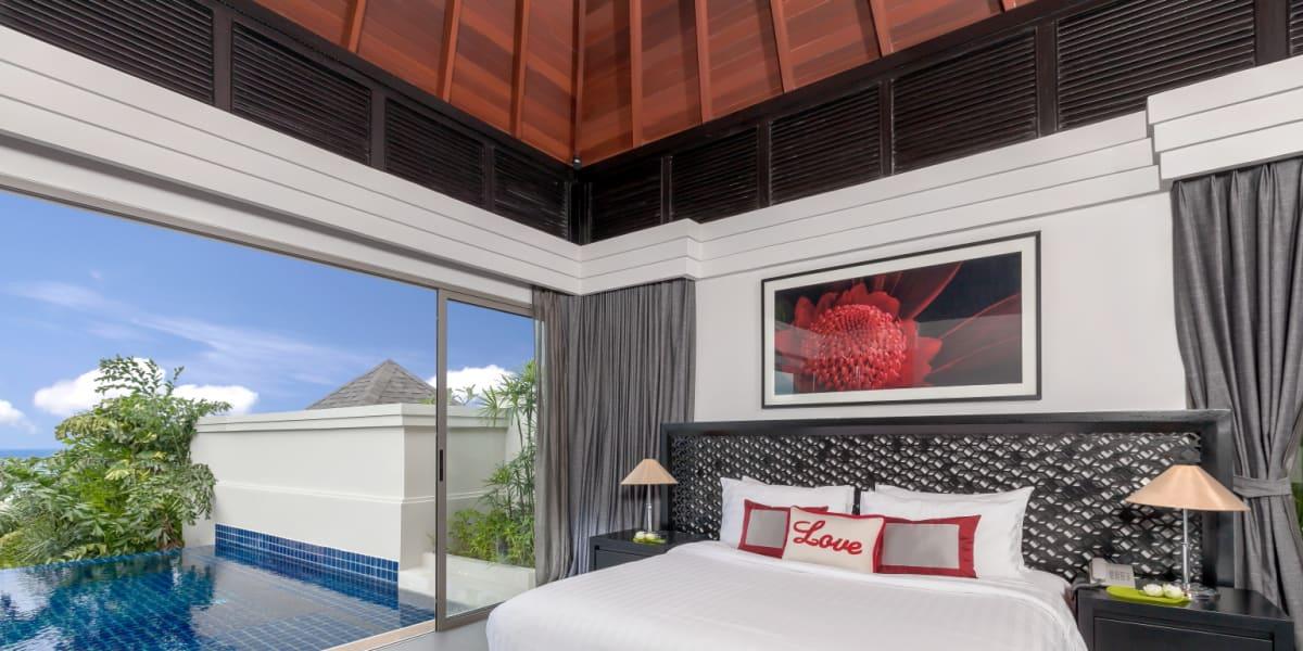 luxury tropical pool villa