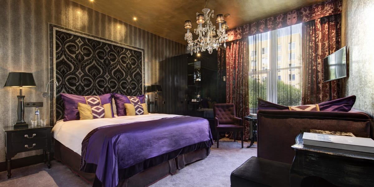 Deluxe garden view room - The Toren Amsterdam - By the Pavilions