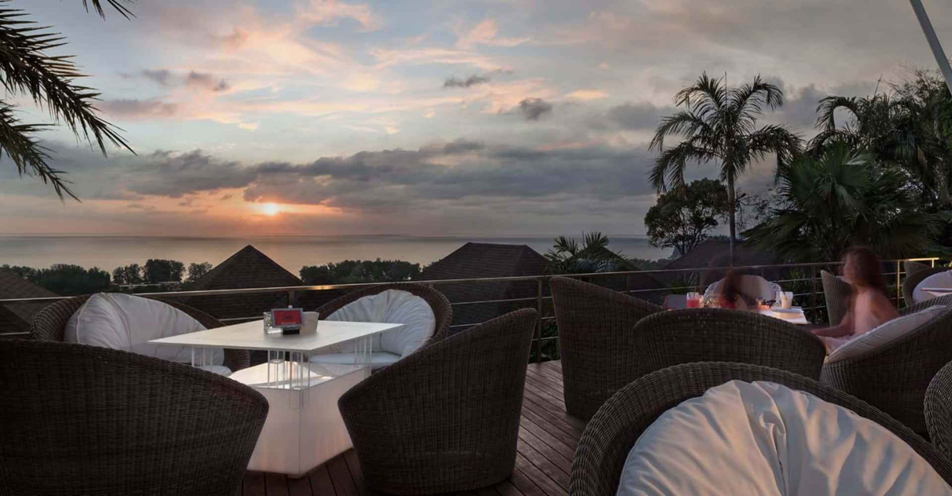 360° Bar - The Pavilions Residences - Phuket