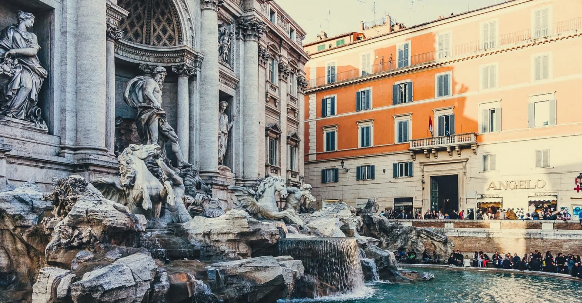 Fontana di Trevi - The First Roma Dolce