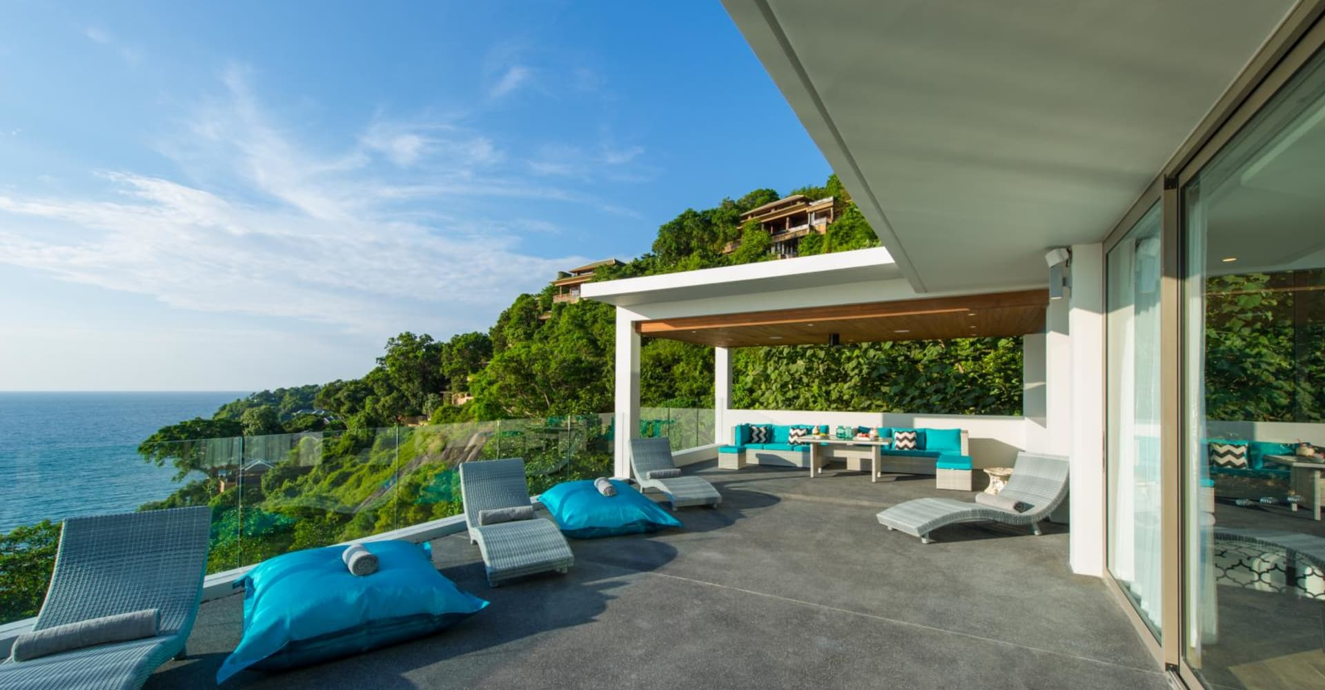 SILVER MOON & MOON SHADOW VILLAS - The Pavilions Residences