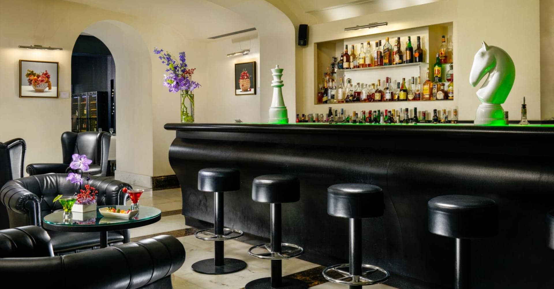 Lounge Bar - The First Roma Arte