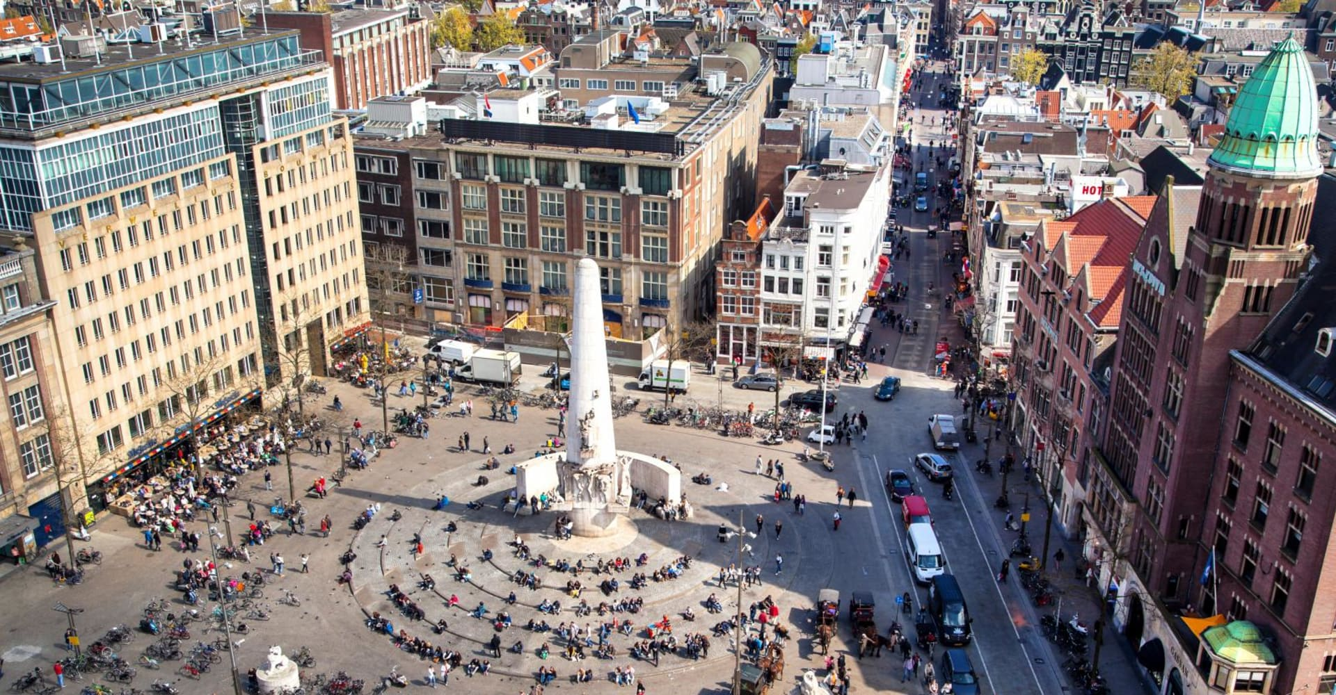 Dam Square - The Toren Amsterdam - By the Pavilions