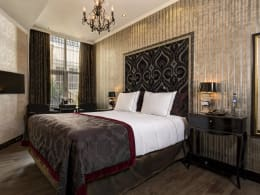 ROOMS  &AMP;  <BR/>SUITES - The Toren Amsterdam - By the Pavilions