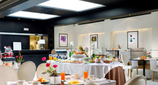 Bed and Breakfast  - The First Roma Arte