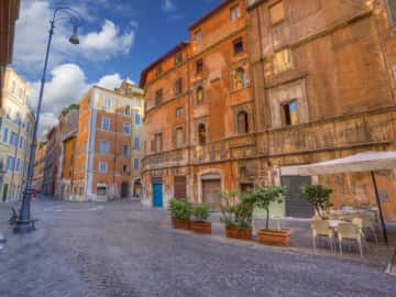 Explore the Jewish Ghetto, a Neighbourhood of Memories  - The First Roma Arte