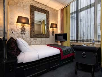 Single room - The Toren Amsterdam - By the Pavilions