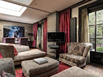 Double Executive Suite - The Toren Amsterdam - By the Pavilions