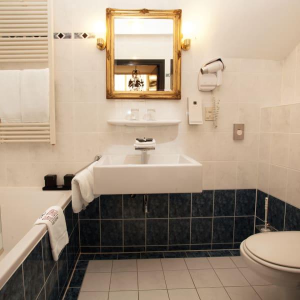 Bathroom Single Room With Bath