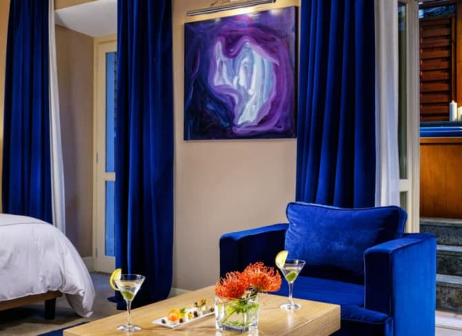 Art in your Suite